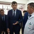 Елжан Биртанов посетил медицинские учреждения в Жанаозене