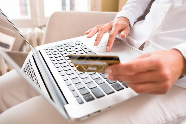 Клиенты каких банков чаще всего оформляют онлайн-кредиты?