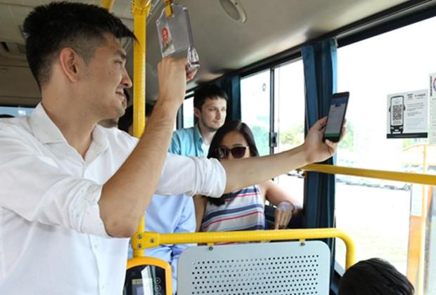 Оплатить запроезд встоличных автобусах можно спомощью QR-кода иHomebank Scan&Pay