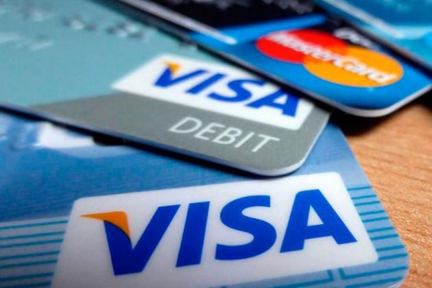 Visa и MasterCard разрешили остаться в России