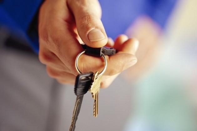 Должников по ипотеке могут выселять без суда