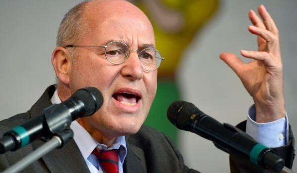 Немецкий политик назвал санкции Запада против РФ ложным путем