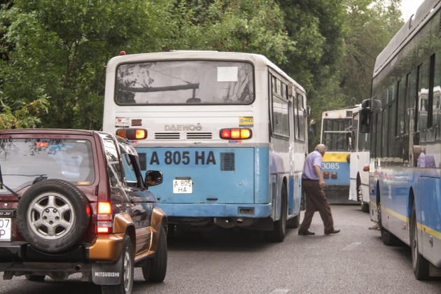 За нарушение правил перевозок уволены 4 водителя