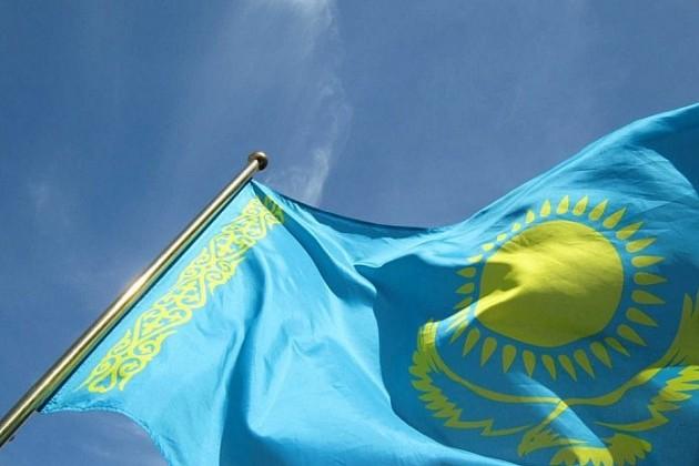 Флаг Казахстана водрузили навысшей точке Антарктиды