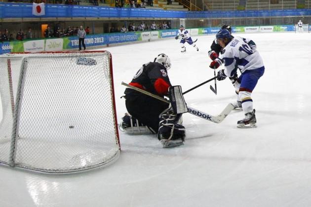 Казахстанские хоккеисты на универсиаде сыграют с Латвией