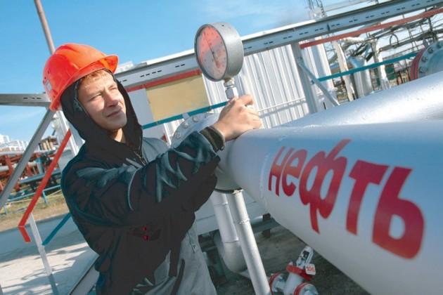Казахстан переправит в Россию 1,2 млн. тонн нефти