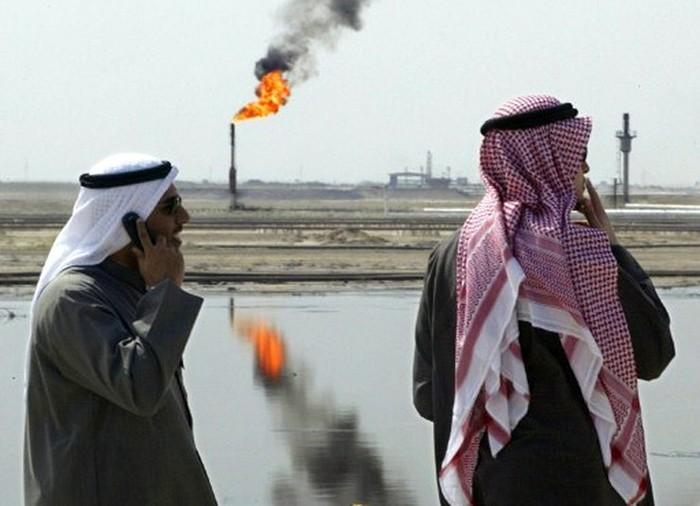 Переговоры в Дохе спровоцировали обрушение цен на нефть (инфографика)