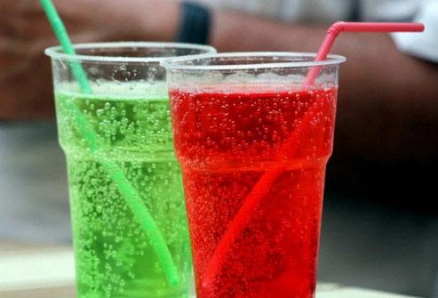 ВОЗ поддержала введение налога на сладкие напитки