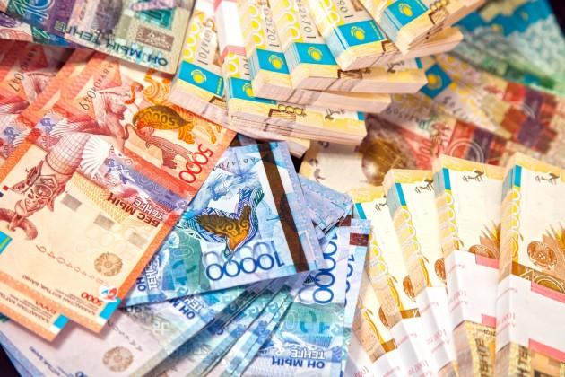 Тенге к доллару продолжает укрепляться