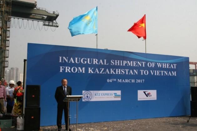 Казахстанская пшеница доставлена воВьетнам