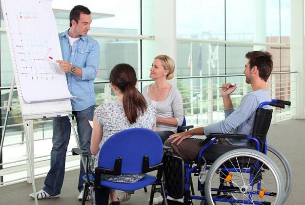 Бизнесменов будут штрафовать за нетрудоустройство инвалидов