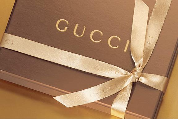 Бренды Prada и Gucci подорожали вдвое