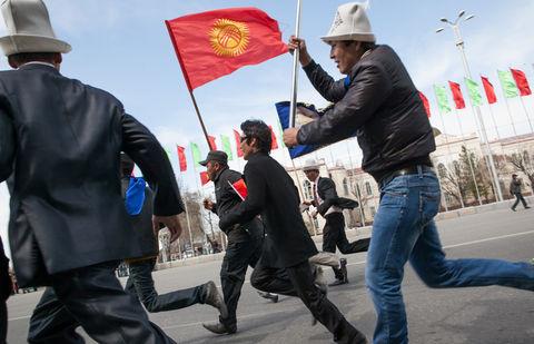 Кыргызскую оппозицию вновь подозревают в подготовке госпереворота