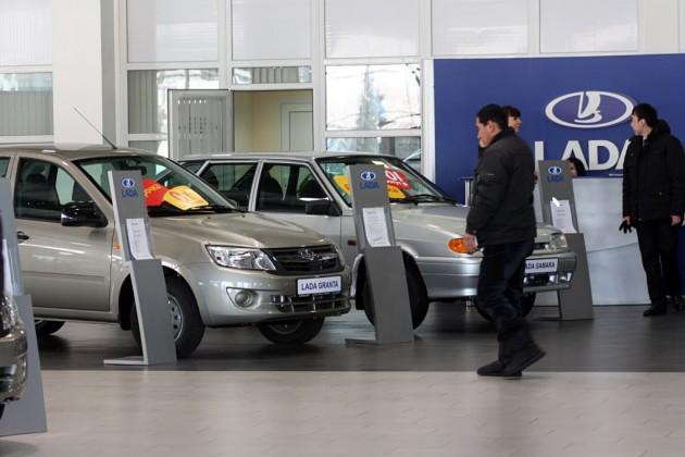 Девальвация подстегнет спрос на бюджетные авто