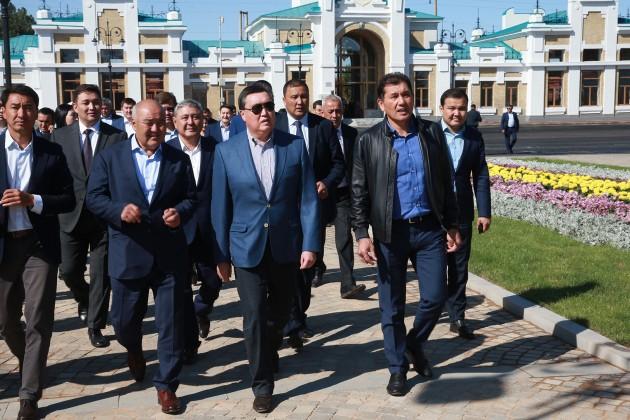 Премьер проверил завершение работ в городе Арысь