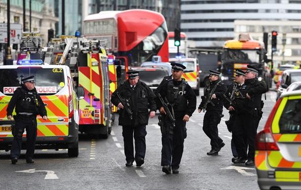 Милиция Великобритании обнародовала фото нападающего встолице Англии