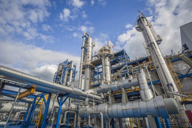 Казахстанские НПЗ наращивают скорость производства бензина