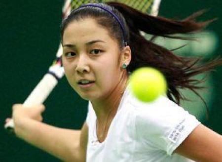 Дияс успешно стартовала на турнире в Вэньшане