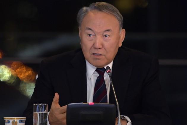ГлаваРК поздравил казахстанцев сДнем Конституции