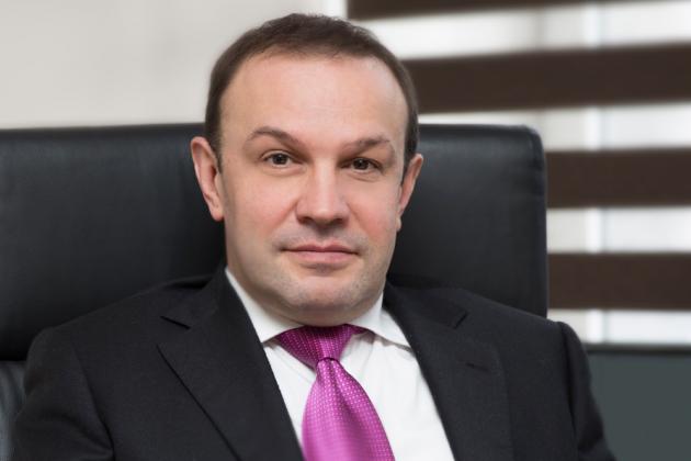 Данила Смирнов ушел с должности председателя правления «дочки» Альфа-банка