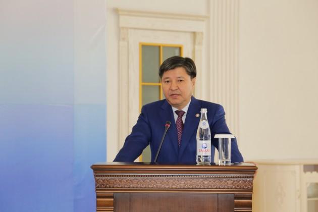 Генпрокурор пообещал жестко наказывать тех, кто давит на бизнес