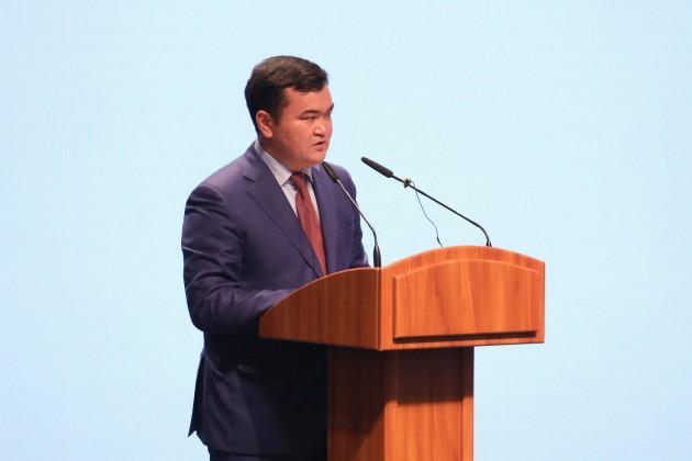 Женис Касымбек стал министром индустрии и инфраструктурного развития
