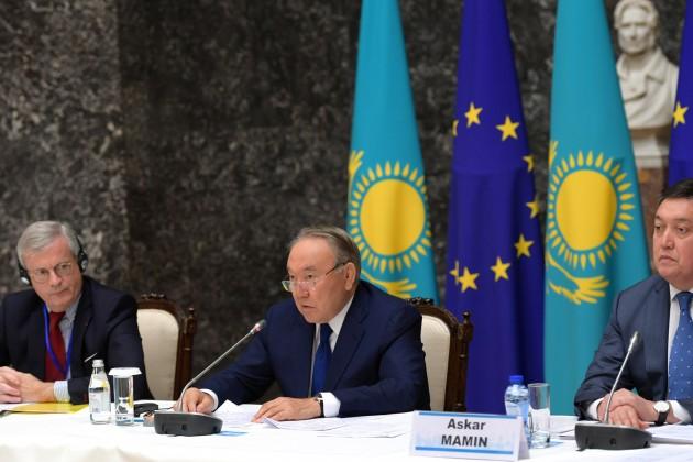 Президент рассказал бизнесменамЕС опреимуществах Казахстана