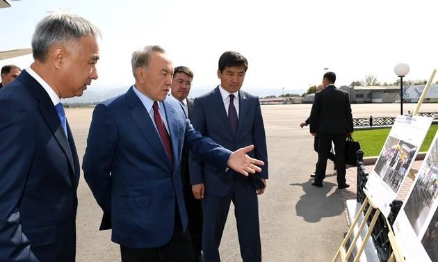 Президенту показали план развития аэропорта Алматы