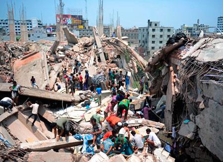 Названы причины обрушения фабрики в Бангладеш