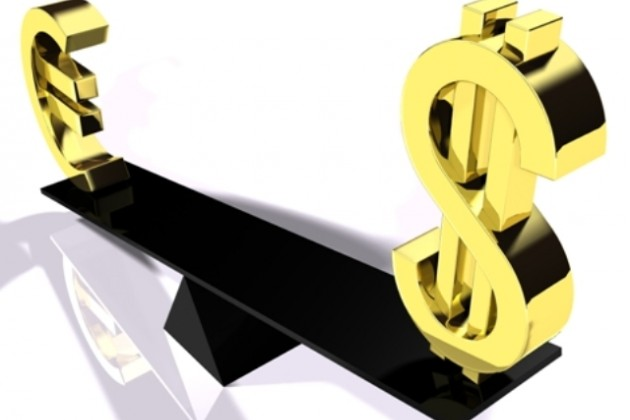 Укрепление доллара связано с проблемами еврозоны