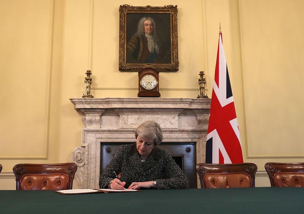 Мэй подписала извещение ЕСозапуске Brexit
