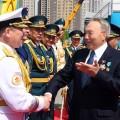 Президент поздравил военнослужащих с25-летием Вооруженных силРК
