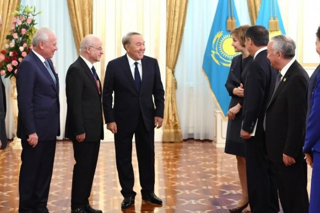 Нурсултан Назарбаев рассказал оработе над КонституциейРК