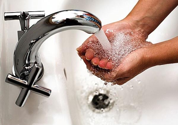 В некоторых районах Астаны отключат горячую воду