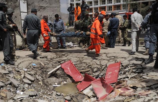 Теракт ваэропорту Кабула: число жертв увеличилось до14