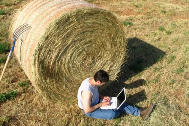 Села Казахстана начинают подключать кскоростному интернету