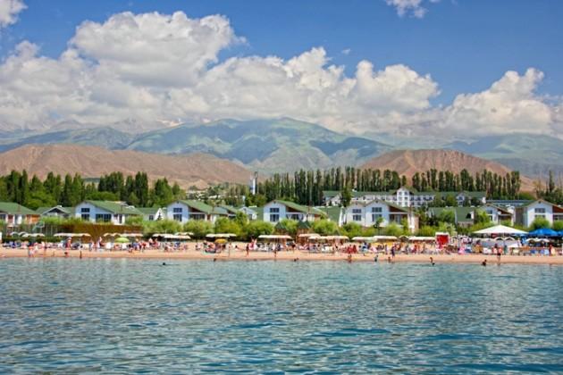 Кыргызстан вернул себе четыре пансионата на побережье Иссык-Куля