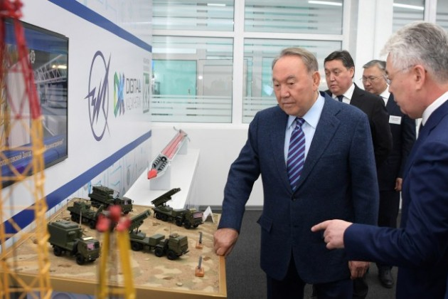 Нурсултан Назарбаев иВладимир Путин прибыли вПетропавловск