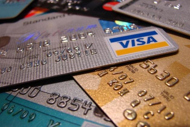 В Казахстане кредитные карты снова набирают популярность