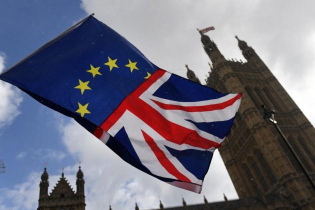 Brexit без сделки снизит темпы роста ВВП Франции на 0,2%