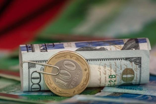 В октябре доходы казахстанцев увеличились на 7,7%