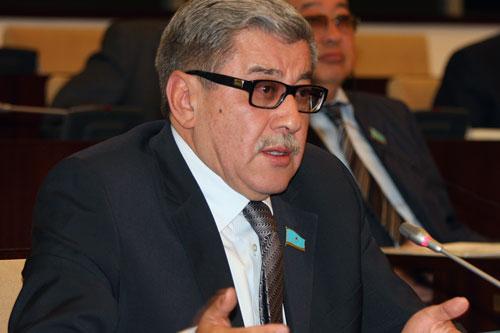 Гани Касымов голосовал против пенсионной реформы