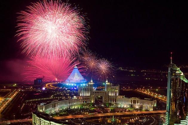 Казахстанцам на День Астаны подарят выходной