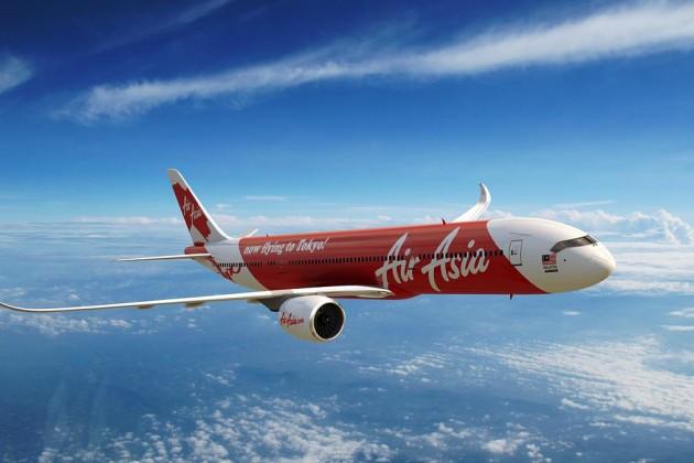 Обнаружены тела 6 жертв крушения самолета Air Asia