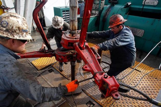 Канада терпит убытки из-за падения стоимости нефти
