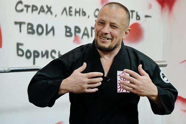 Алматинский ушуист основал бойцовский клуб с доходом в 2 млн тенге