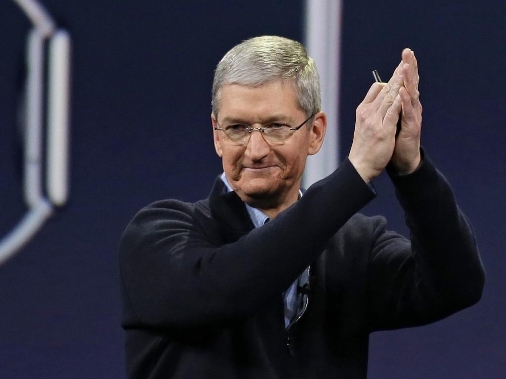 Apple увеличила годовое вознаграждение Тиму Куку на47%