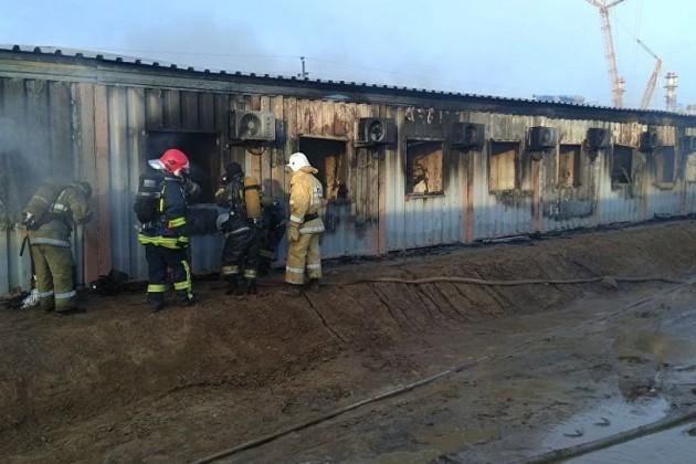 Шесть человек погибли при пожаре вобщежитии наКарабатане