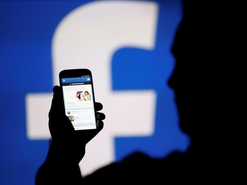 Фейсбук сегодня проинформирует пользователей, чьи данные использовала Cambridge Analytica