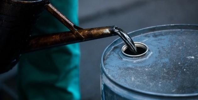 Эксперты: Заморозка добычи нефти абсолютно нереальна